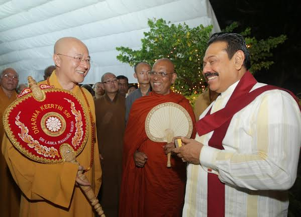 Foreign Buddhist delegation calls on Presiden5